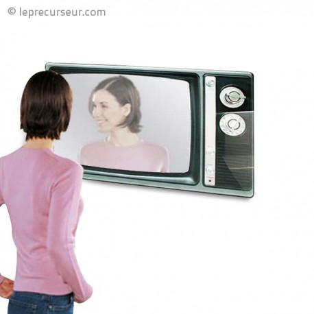Miroir en forme de t l viseur for Televiseur miroir