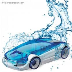 Voiture à construire roulant à l'eau salée