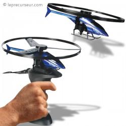 Hélicoptère avec base de lancement