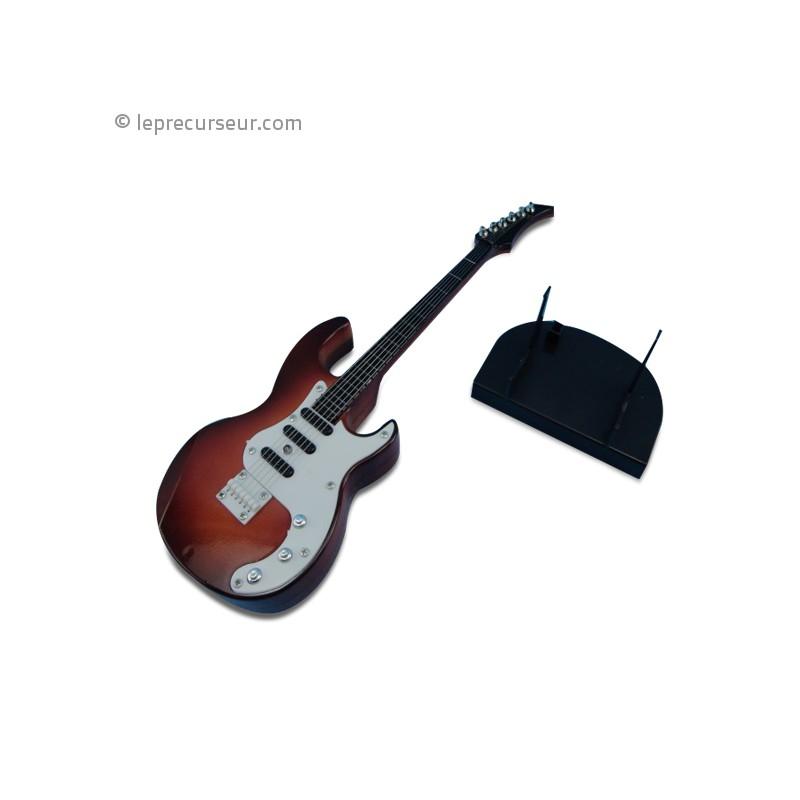 guitare lectrique version miniature. Black Bedroom Furniture Sets. Home Design Ideas