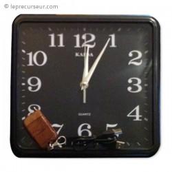 Horloge murale carrée 4Go avec caméra cachée