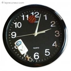Horloge murale ronde 4Go avec caméra télécommandée