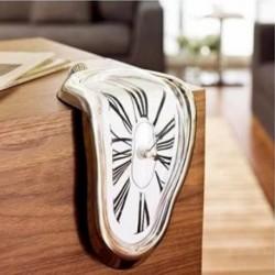 Horloge à poser avec effet fondant