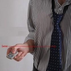 cravate avec caméra espion cachée