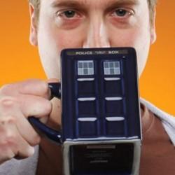 Tasse en céramique TARDIS du Docteur Who