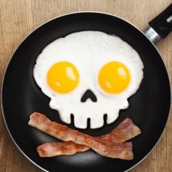 Moule œuf au plat tête de mort