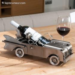 Porte-bouteille métallique en forme de voiture