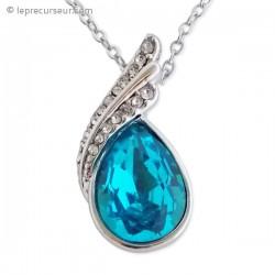 Collier pendentif fausse pierre bleu lagon et strass