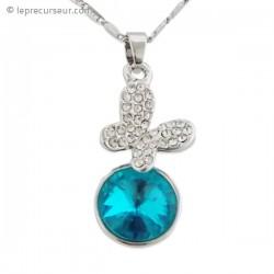 Collier pendentif papillon scintillant et fausse pierre turquoise