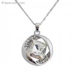 Collier avec pendentif argent, cristal et strass