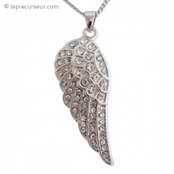 Pendentif aile d'ange et son collier