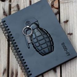 Carnet de note grenade en 3D